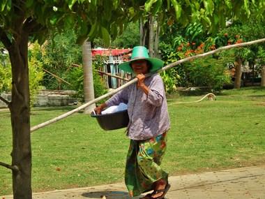 www.thai-dk.dk/penfoto/1/DSCF7629.jpg