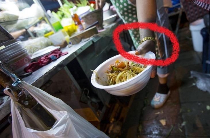 www.thai-dk.dk/uploads/fattige-somtam-seller.jpg